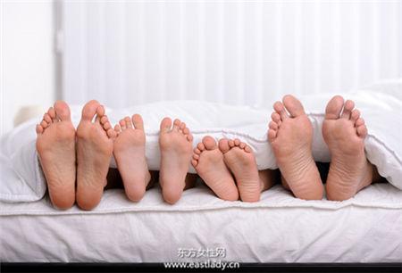 孩子卡中间不性福 3招让夫妻摆脱无性婚姻