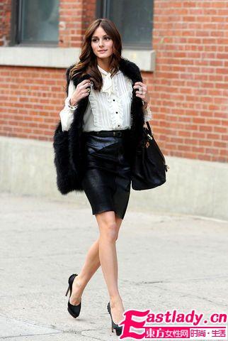 百搭皮革半身裙 比裤子更好穿