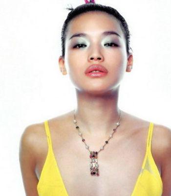 时尚白领必学 娱网十大熟女明星们的不老驻颜术点击图片进入下一页