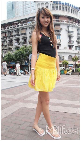 沪上街拍 看看谁的街头裙装最In