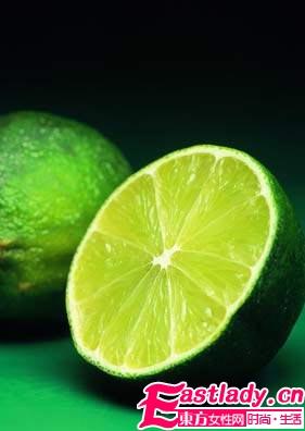 柠檬皮与柠檬汁的功效与作用