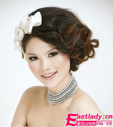 2011韩式配发饰新娘发型