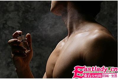 不怕出糗 男女必知的12条香水礼仪