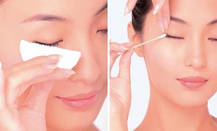 如何轻松的卸除睫毛膏