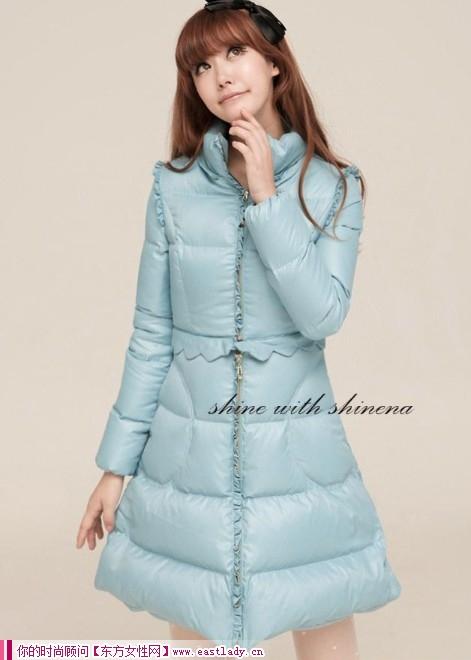 2012冬装新款羽绒服 冬天的精灵羽绒的温暖