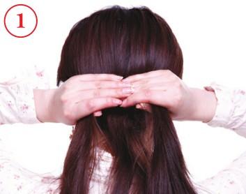 2012流行发型 自然随性反编辫