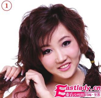 使用卷发棒打造活淡妩媚卷发发型