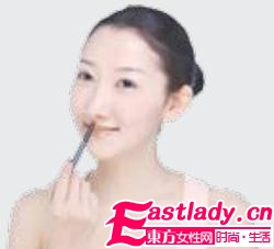 时尚M形唇妆 幸福唇形新选择