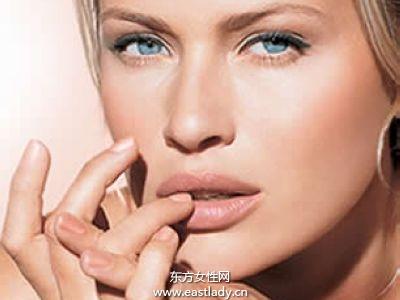 影响美唇的九个坏习惯