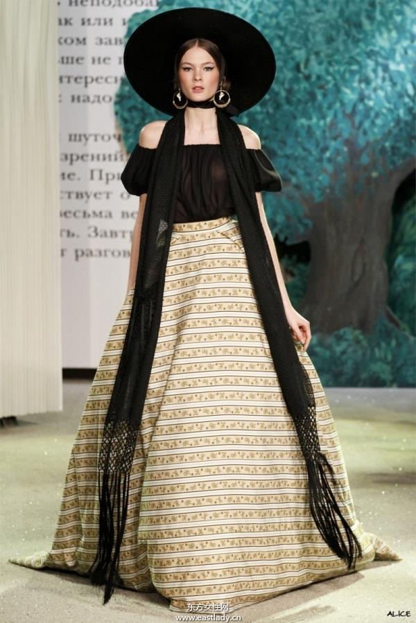2013年巴黎春夏时装周引领时尚风向标