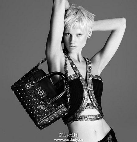 范思哲(Versace)2013秋冬手提包广告大片