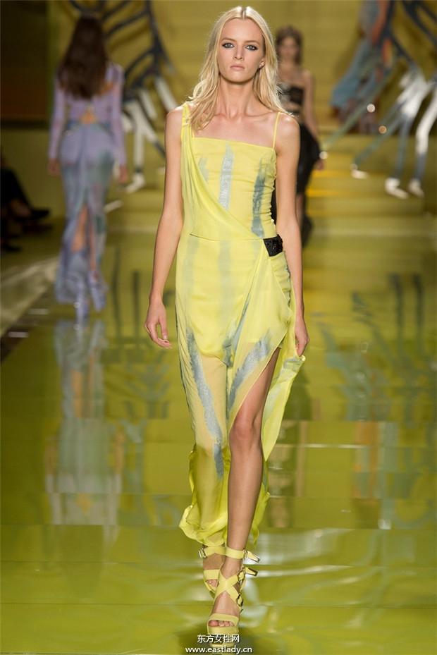 Versace(范思哲)2014春夏米兰时装周服装秀