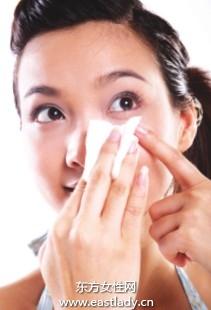 长期频繁使用吸油面纸会破坏皮肤修复能力