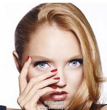 正确使用眼霜预防眼部肌肤衰老