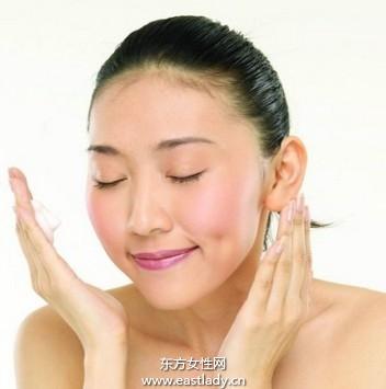 造成皮肤松弛的三大原因 皮肤松弛怎么办