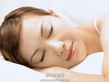睡眠不足使皮肤变粗糙