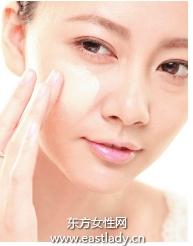 肌肤遮瑕法解决干燥与细纹