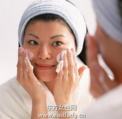 卸妆乳帮你实现滋润型卸妆
