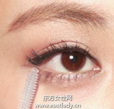 怎样让睫毛变长的眼妆画法