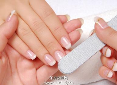 打造不涂甲油的健康光泽指甲