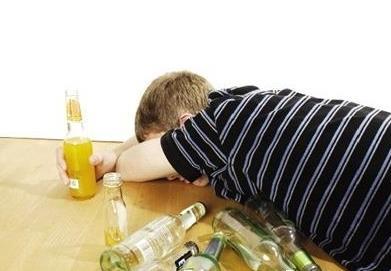 酒后胃难受吃什么好 酒喝多了胃难受怎么办