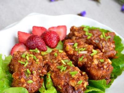 东坡排骨怎么做好吃?东坡榨菜排骨的做法