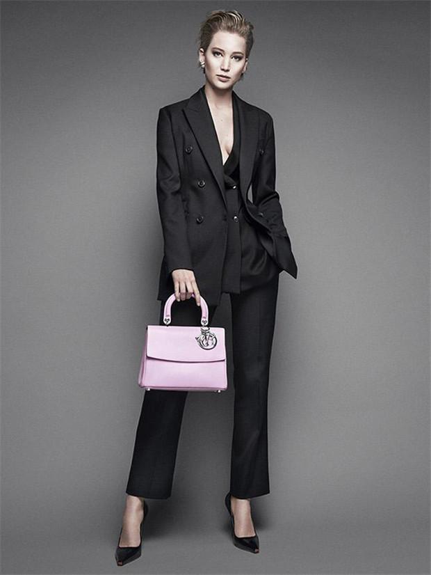 迪奥推出最新Be Dior 手袋广告大片