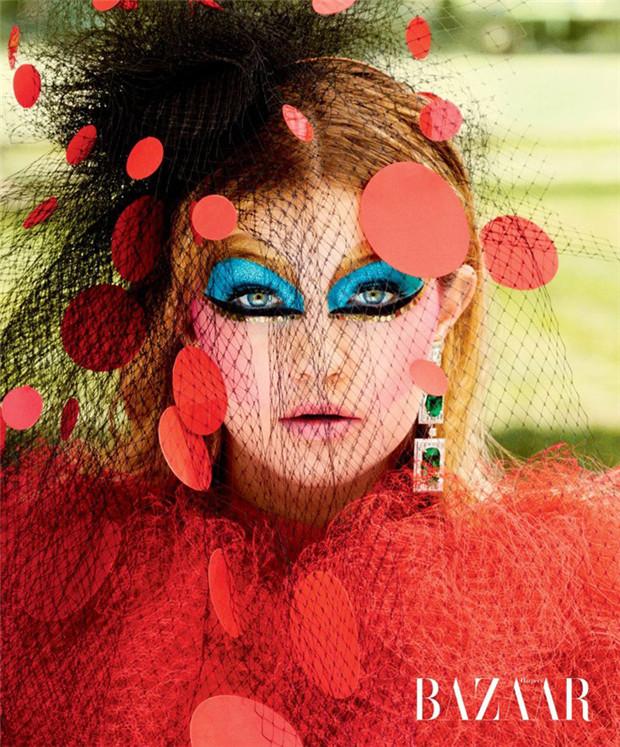 Gigi Hadid《Harper's Bazaar》2014年12月美国版