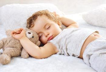 7个哄宝宝睡觉的错误认识