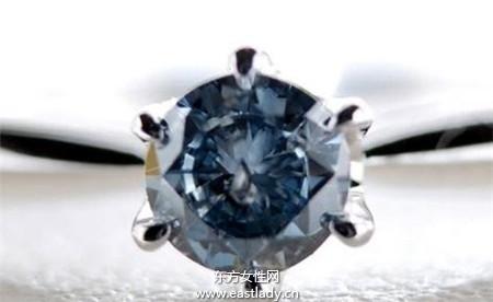 超神奇 骨灰做成钻石饰品 让你贴身带着走