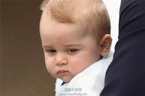 威廉偏心小公主 小乔治与乔妹的出生日比比看