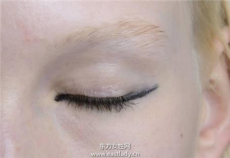 正确眼线的画法 画出性感眼妆