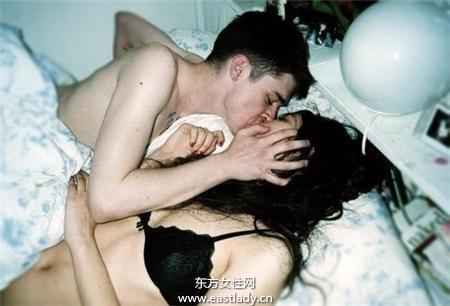 老公性爱姿势一成不变 老婆很烦恼