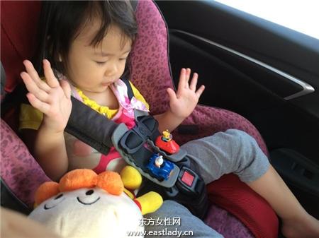 挑选儿童汽车安全座椅应