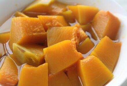 蒸南瓜的家常做法 蒸南瓜有什么营养价值