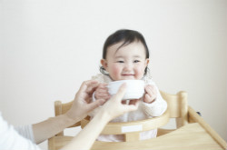 宝宝四个月辅食食谱推荐 让宝宝吃的营养又健康