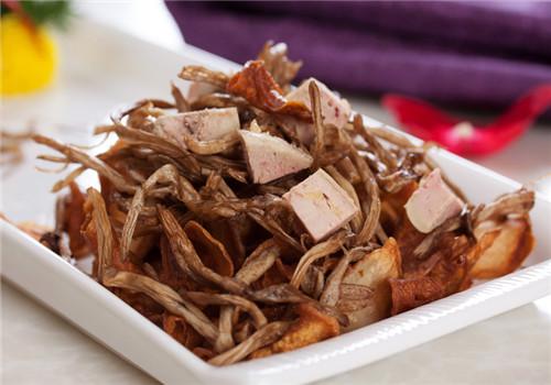 揭茶树菇的营养价值 健脾止泻抗癌防癌