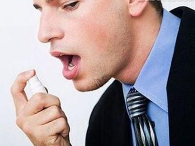 怎样治疗口臭 先了解原因在学习口臭的治疗方法
