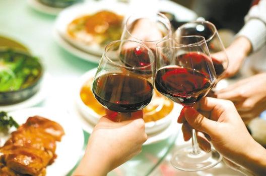喝多了怎么解酒 喝酒的危害有哪些