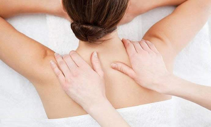 颈部保养手法 15种手法有助颈部血液循环