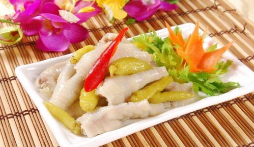 正宗泡椒凤爪的做法 保证让你越吃越想吃