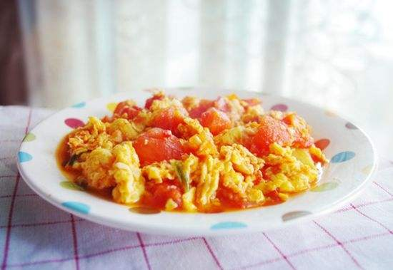入门级的菜式  番茄炒蛋做法