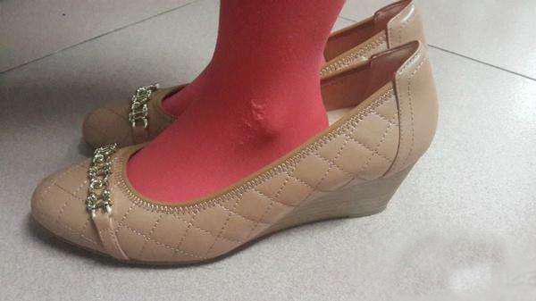 鞋子大了怎么办 四个方法让你的鞋子不掉跟