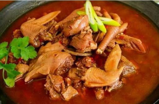铁锅柴鸡的做法 美味爽口的铁锅柴鸡让你百吃不厌