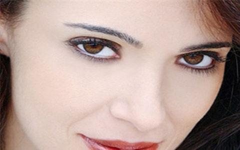 眼霜的使用方法 教你正确的使用眼霜