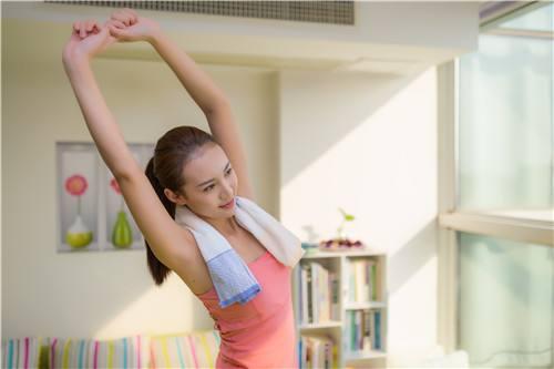 掌握减肥喝水的最佳时间让你的身体自然的瘦下去