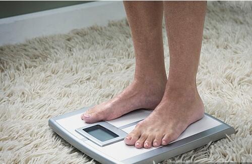 关于减肥的    八个方法让你苗条起来