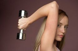 如何瘦手臂 4个动作帮你轻松瘦手臂