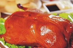 北京烤鸭家常做法大公开 吃法也要讲究