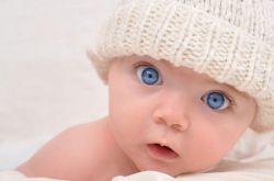 三个月宝宝抬头不好 当心缺钙
